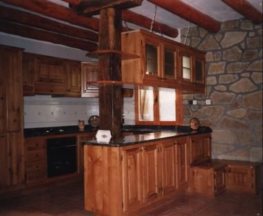 Taller de carpinter a y muebles for Ver muebles de cocina de madera